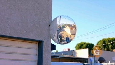 How light works with convex mirrors