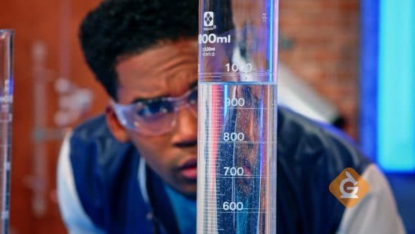 Learn about solids, liquids and gases from Generation Genius!