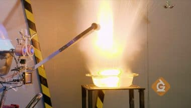 Watch this reaction from different chemical properties!